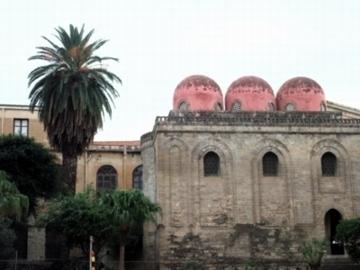 Sサンカタルド教会1.jpg