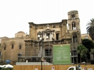 Sマルトラーナ教会1.jpg