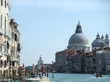 ベネチア103アカデミア橋からの眺望.jpg