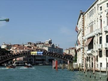 ベネチア104アカデミア橋.jpg